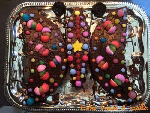Réaliser un gâteau d'anniversaire unique, avec De Bouche à Oreilles